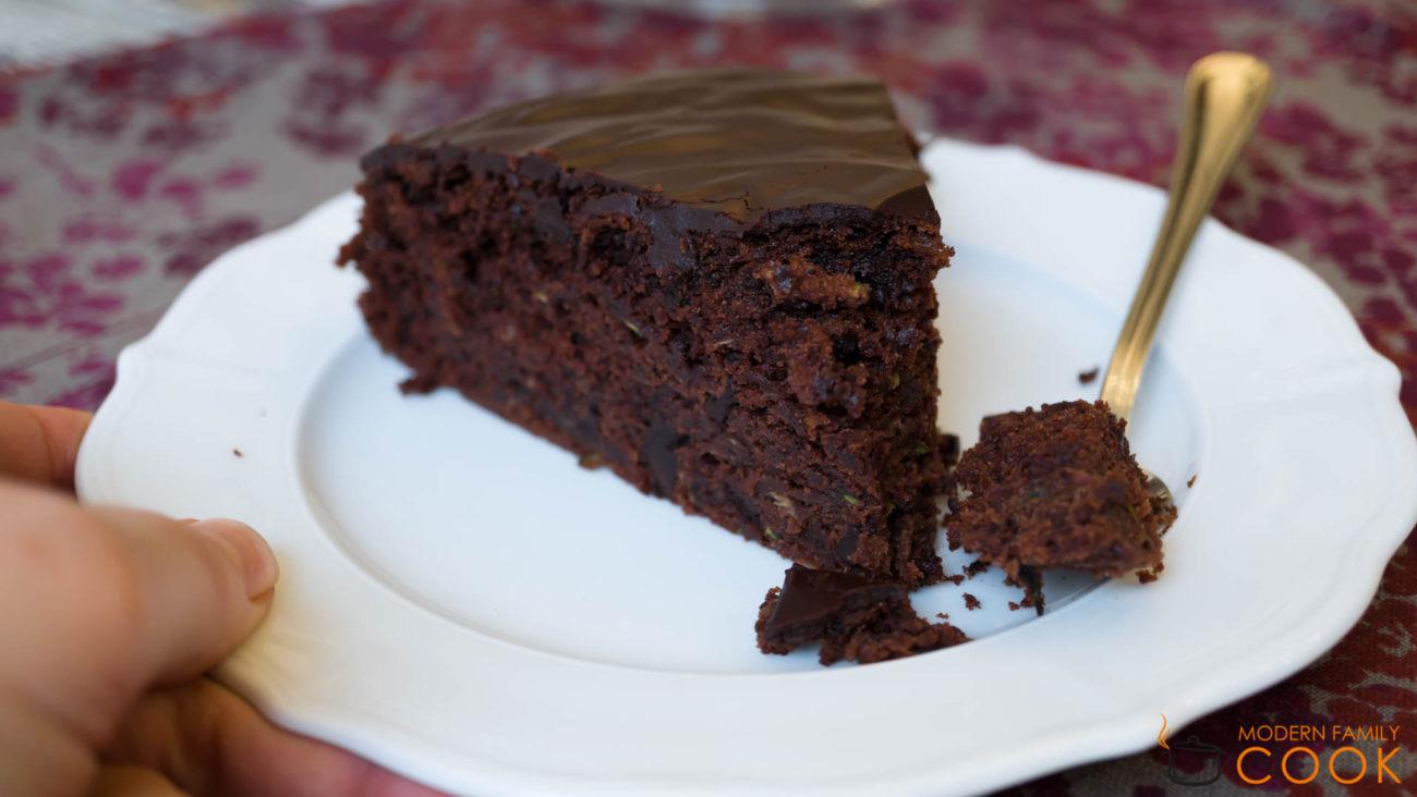Шоколадный пирог с цукини