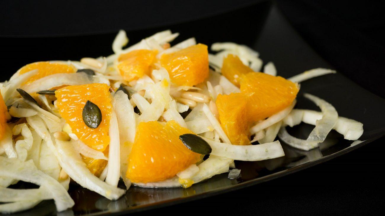 Сицилийский салат из фенхеля и апельсина