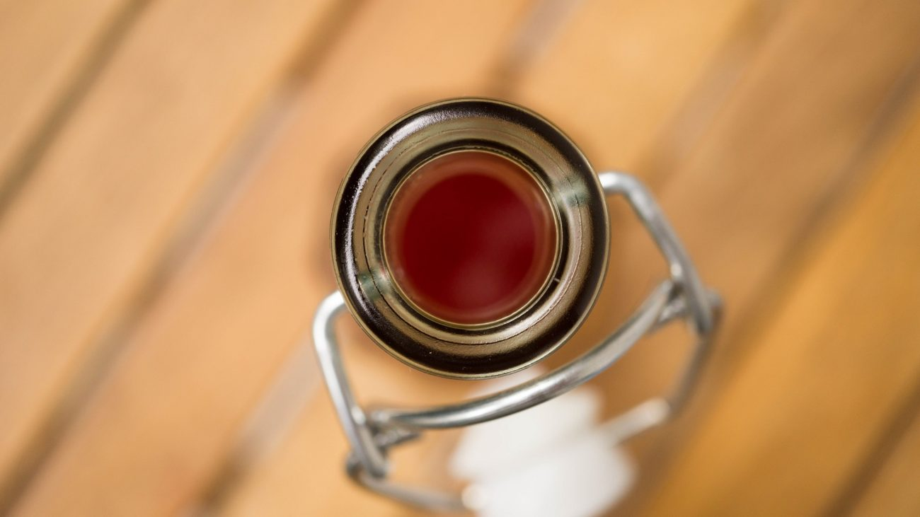 Малиновый уксус (способ №1 — на основе винного уксуса)