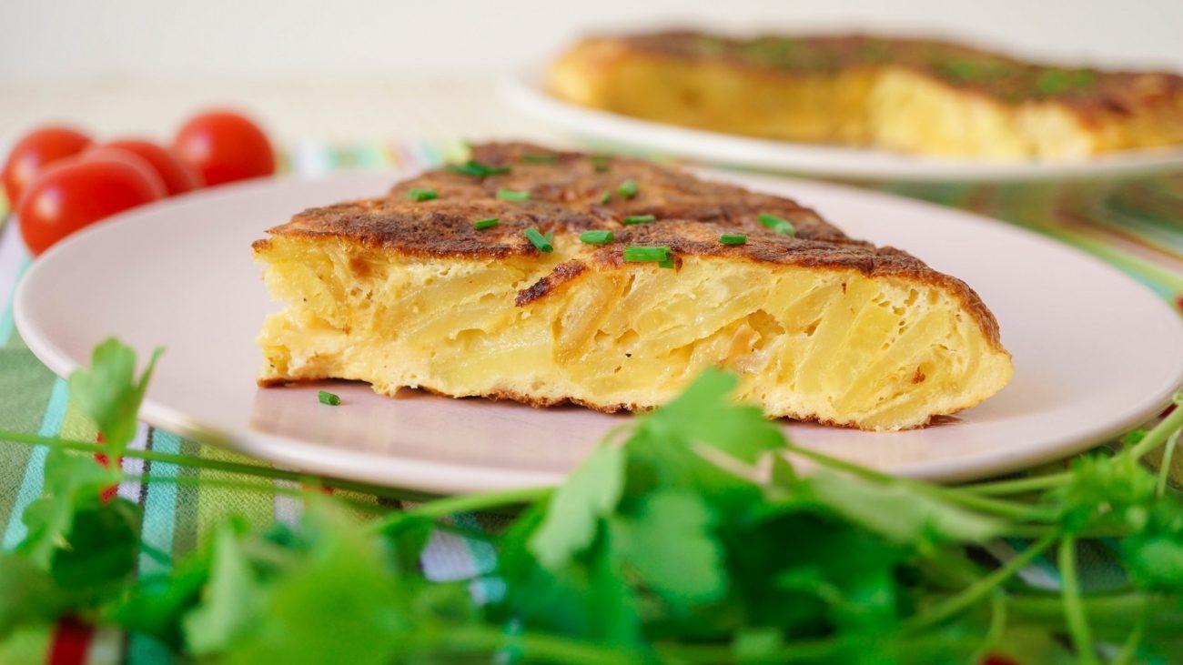 Тортилья — испанский омлет с картофелем (Tortilla de Patatas Espanola)