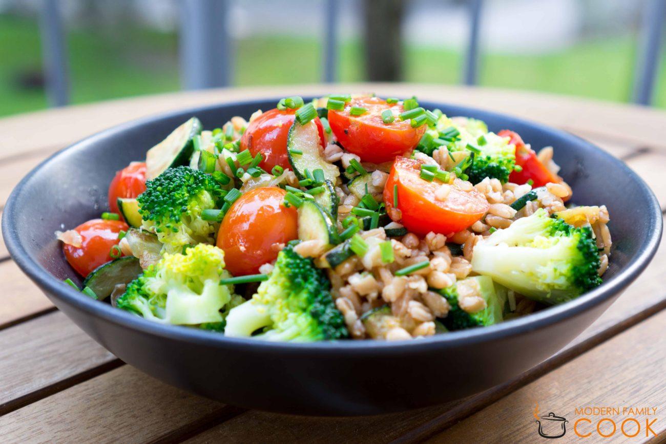 Летняя пшеница с овощами