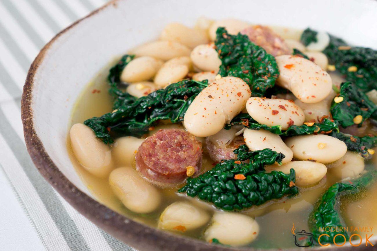 Итальянский суп из белой фасоли