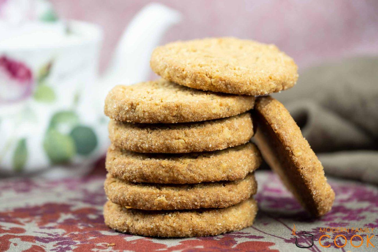 Хрустящее песочное печенье/shortbread cookies с овсяными хлопьями и кокосом (gluten-free, dairy-free)