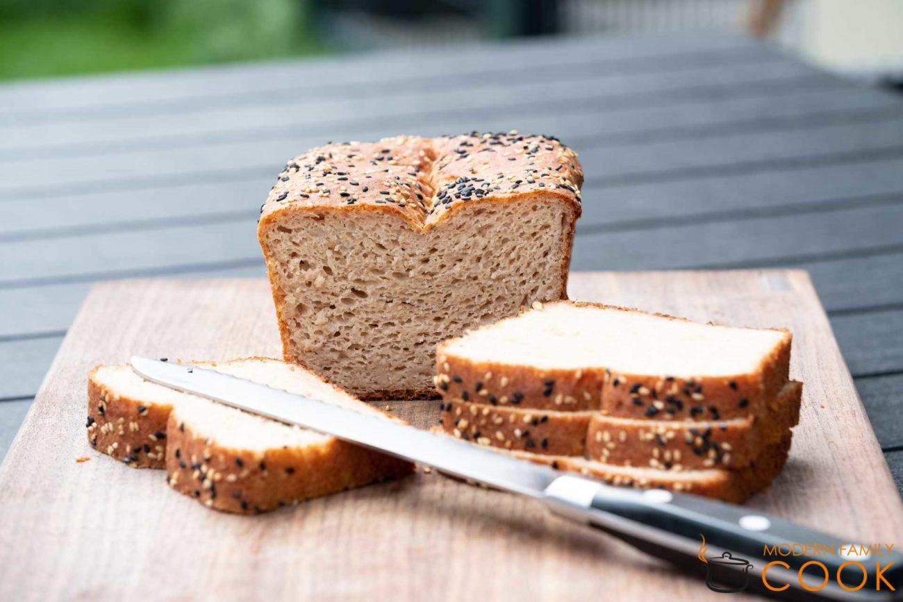 Белый хлеб с мукой нута и оливковым маслом (gluten-free, dairy-free)