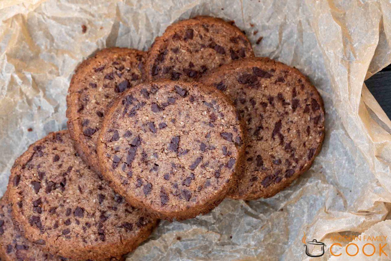 Хрустящее печенье с шоколадом (gluten-free, dairy-free)