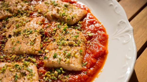Итальянский лосось в томатном соусе